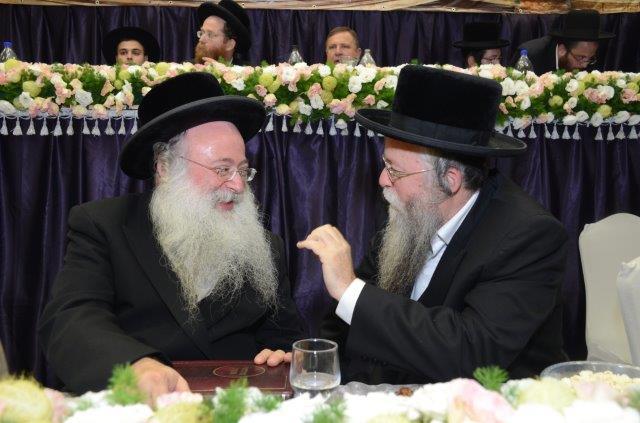 הגאון רבי זושא הורוביץ עם הרב יהודה מרמורשטיין מנכ''ל מעונות על''ה בישראל