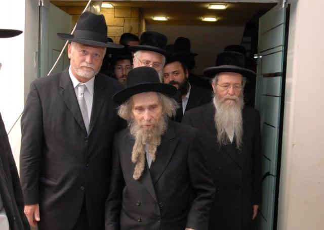 מרן הגראי''ל שטיינמן בהגיעו למעמד